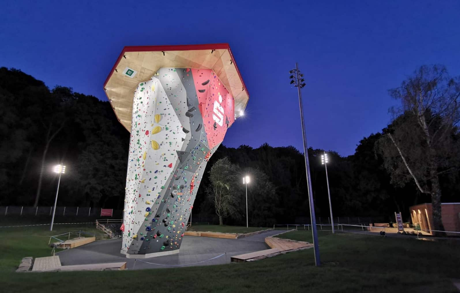 Project – Sparkassen Arena DAV Climbing Center Illertissen